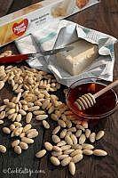Ένα μοναδικό γλυκό που δεν μοιάζει με κανένα! Cereal, Almond, Food And Drink, Menu, Sweets, Cooking, Breakfast, Desserts, Decoration