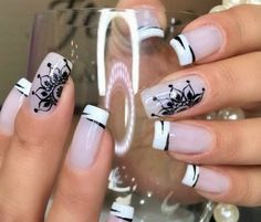 Top 15 Ideas of Intricate Patterns on Nails Arab Manicure 2018 for all Beautiful Women. Beautiful Nail Art, Gorgeous Nails, Pretty Nails, Beautiful Women, Easy Nail Art, Cool Nail Art, Mandala Nails, Queen Nails, Short Nails Art