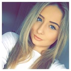 Hair looks different! Middle parting for once! Thankyou to each and everyone of you that supports everything I do! by saffronbarker Saffron Barker, Celebs, Celebrities, Hair Looks, Youtubers, Long Hair Styles, Instagram Posts, Beauty, Middle
