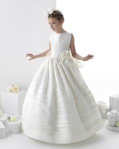 Vestido+de+Primera+Comunión+la+colección+2014+de+la+diseñadora+Rosa+Clará