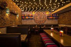Mexican Restaurant Design, Mexican Bar, Modern Restaurant, Mexican Dishes, Mexican Restaurants, Cafe Bar, Bar Mexicano, Hacienda Decor, Mexican Designs