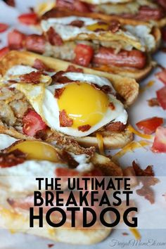 The Ultimate Breakfast Hot dog is a fully loaded hot dog with ingredients that makes it perfect for breakfast, brunch, lunch and even dinner. Breakfast Dishes, Breakfast Time, Breakfast Recipes, Perfect Breakfast, Hot Dog Recipes, Potato Recipes, Good Food, Yummy Food, Cooking Recipes
