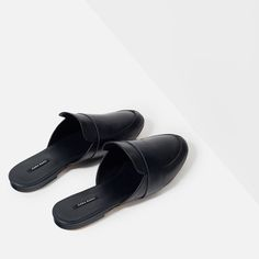 Image 7 of LEATHER SLIDES WITH STRAP from Zara