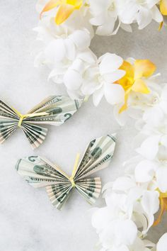 Money Origami Butterfly Lei for Graduation #graduation #butterfly #lei #origami #money #gift #party