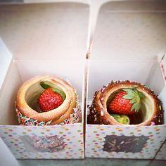 www.kurtos-kalacs.com Filled Chimney cake in super cute boxes by:  'House of Chimney - Wantirna, Victoria, Australia.... Kurtoskalacs, Chimney cake, Trdelnik, Baumstriezel, Horn Cake, Székely Cake, Hungarian Twister, Куртош калач, Kurtosh or Cozonac Secuiesc.