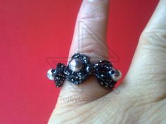 http://tejeycome.es/products/anillo-medianoche