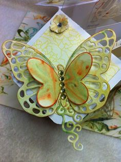 Marble Butterfly on a Box Card by Sue Ralph @Birdcage Craft Studio