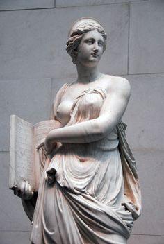 roman sculpture Calliope, ca 1763 Augustin Pajou Ancient Greek Sculpture, Greek Statues, Angel Statues, Sculpture Romaine, Art Romain, Roman Sculpture, Metal Sculptures, Abstract Sculpture, Wood Sculpture