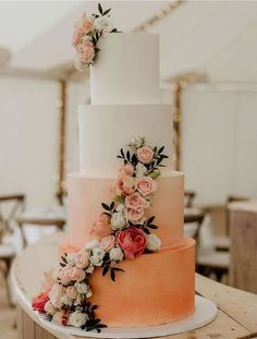 These 5 Wedding Colours Are Already Trending for 2020 – Haircut Trends For Men and Womens – TrendPin Floral Wedding Cakes, Wedding Cakes With Flowers, Elegant Wedding Cakes, Floral Cake, Wedding Cake Designs, Wedding Themes, Wedding Decorations, Flower Cakes, Elegant Cakes
