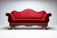 9 Modern Couch Styles To Decorate Your Home - Vivid Cleaning Modern Couch, Sectional Sofa, Decorating Your Home, Cleaning, Interior Design, Creative, Furniture, Home Decor, Style