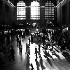 Grand Central Station, New York City  - 10 Things to do in New York City this summer http://www.augustuscollection.com/10-things-new-york-city-summer/