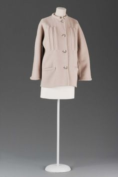 Geoffrey Beene Beige double face wool melton jacket with rubber tube inserts on jacket front 1970-79