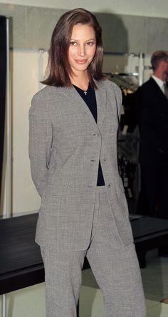 Christy Turlington en Calvin Klein à Londres en 1998