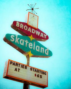 Let's Skate! Vintage Neon Sign Skateland Sign Red and Turquoise Photo by Squintphotography #neonsigns