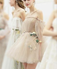 Unique Prom Dresses, Cute champagne tulle short prom dress, champagne homecoming dress, There are long prom gowns and knee-length 2020 prom dresses in this collection that create an elegant and glamorous look Tight Prom Dresses, Sequin Prom Dresses, Dresses Short, Unique Prom Dresses, Long Prom Gowns, Popular Dresses, Mermaid Prom Dresses, Short Prom, Pretty Dresses