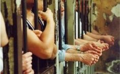 8 Euro al Giorno per i Detenuti passa la riforma. Quanto ci costerà? #carceri #riforma #italia #8euro