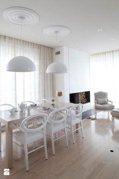 Salon w stylu modern classic Dining Room, Dining Table, Leroy Merlin, Modern Classic, Chair, House, Furniture, Home Decor, Ideas