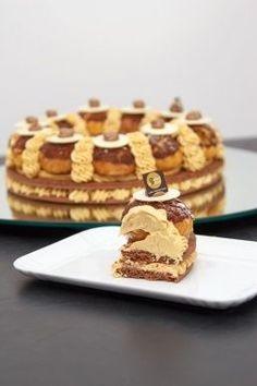 Italian Desserts, Mini Desserts, Delicious Desserts, Eclairs, Profiteroles, Bakery Recipes, Dessert Recipes, Russian Cakes, School Cake