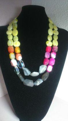 Collar de piedras, diferentes colores