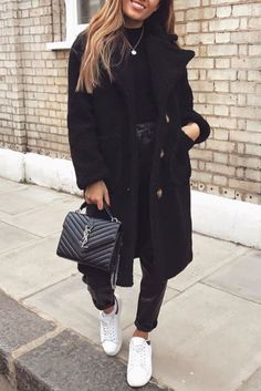 30 Ideas Basket Femme Mode Blanche For 2019 Summer Dress Outfits, Winter Fashion Outfits, Fall Winter Outfits, Look Fashion, Autumn Winter Fashion, Womens Fashion, Korean Fashion, Schwarzer Mantel Outfit, Classy Outfits