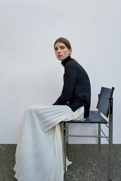 Joseph Pre-Fall 2018 Collection - Vogue