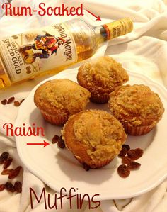 Christmas Morning Muffins: Rum-Soaked Raisin Muffins with Crumb Topping by DolceDanielle, via Flickr