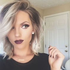 Looking for dazzling short ombre hair ideas? Find a full photo gallery and know the benefits plus cautions before you& going for short ombre hair. 2015 Hairstyles, Short Hairstyles For Women, Pretty Hairstyles, Hairstyle Ideas, Thick Hair Hairstyles, Hairstyles For Medium Length Hair Easy, Female Hairstyles, Beautiful Haircuts, Amazing Hairstyles