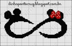 Bom dia a todos! Como prometi ontem na page, hoje a postagem é especial para os apaixonados pelos ratinhos Disney, fiz com muito carinho pa... Disney Stitch, Cross Stitching, Cross Stitch Embroidery, Beading Patterns, Embroidery Patterns, Modele Pixel Art, Disney Cross Stitch Patterns, Crochet Disney, Stitch Cartoon