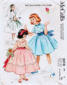 la inglesita: Patrones antiguos :: Vintage children patterns - New Sites Vintage Outfits, Vintage Girls Dresses, Vintage Dress Patterns, Vintage Fashion, Patron Vintage, Vestidos Vintage, Mccalls Sewing Patterns, Kind Mode, Vintage Children