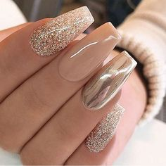 Nail art is a very popular trend these days and every woman you meet seems to have beautiful nails. It used to be that women would just go get a manicure or pedicure to get their nails trimmed and shaped with just a few coats of plain nail polish. Stylish Nails, Trendy Nails, Classy Nails, Fancy Nails, Neutral Nail Art, Tapered Square Nails, New Year's Nails, Nails For New Years, Chrime Nails