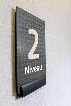 Macer int 3 Domaine St Jean Environmental Graphic Design, Signage Sistems, Interior wayfinding, señaletica para empresas, diseño de locales comerciales