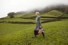 Herbstmode 2013 - Die graue Insel – weit draußen im Meer. Hier weiden Schafe, die weiche Wolle liefern. Dies hat mich zu meiner Kollektion Farö inspiriert.