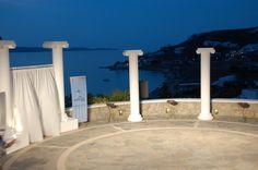 Ancient Greek columns to add drama at the stone-built Amphitheater of Mykonos Grand Luxury Hotel Mykonos Luxury Hotels, Myconos, Mykonos Island, Outdoor Stone, Luxury Holidays, Grand Hotel, Holiday Destinations, Ancient Greek, Resort Spa
