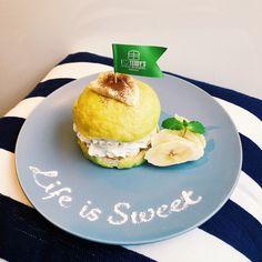 ハワイ発テディーズビガーバーガー「バナメロンバーガー」メロン風味バンズにバナナ&ホイップクリーム - ファッションプレス