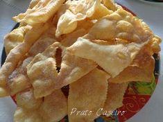 Prato Caseiro: Coscorões estaladiços Magic Cake Recipes, Sweet Recipes, Snack Recipes, Dessert Recipes, Cooking Recipes, Snacks, Portuguese Desserts, Portuguese Recipes, Xmas Food