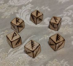 Woodburned Rune Dice by fiannaValkyrie on DeviantArt Anglo Saxon Runes, Norse Runes, Wiccan, Witchcraft, Witch Room, Dremel Carving, Rune Stones, Wood Burning Crafts, Craft Desk