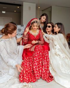 Just like every red needs its fair share of white, a bride would always need her bridesmaids in clear sight! Pakistani Dresses Casual, Pakistani Wedding Dresses, Wedding Dresses For Girls, Nikkah Dress, Pakistani Suits, Sajal Ali Wedding, Desi Bride, Bridal Makeover, Indian Bridal Fashion