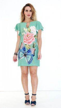 Vestido Farm T-shirt Azul Floral & # Modelagem diferenciada confeccionada emre Casual Dresses, Casual Outfits, Fashion Dresses, Girls Dresses, Chiffon Dress, I Dress, Vestidos Farm, Simple Gowns, African Dress