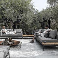 Grid Seating von Gloster,  #gartenmobel #gloster #seating, Sunken Garden, Rooftop Garden, Balcony Garden, Backyard Furniture, Outdoor Furniture Sets, Outdoor Couch, Outdoor Living, Outdoor Areas, Outdoor Seating