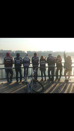 연정이와의 첫키스는 2011.11.4 일요일 새벽5시 성대 새천년홀 14번째 계단에서.