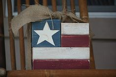 Love the simplicity of this American flag. Could use a vinyl stencil to make this star, or just use vinyl alone.