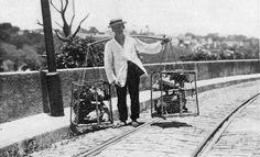 Vendedor de galinhas e patos numa rua de Santa Teresa - 1919.