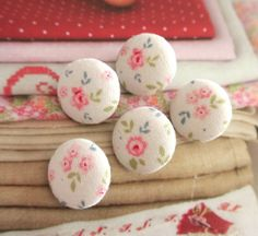 Fabric Buttons Covered Button Floral Button Off White by RetroNaNa, $4.20