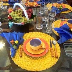 No último feriado fui para Angra e, como sempre, adoro arrumar as mesas de café da manhã e almoço para a família e amigos que estão hosped...