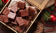 Homemade, healthy fudge made with coconut oil! This Coconut Oil Chocolate Fudge is made with just 5 ingredients including metabolism boosting coconut oil! Coconut Oil Fudge, Coconut Oil Chocolate, Sugar Free Chocolate, Chocolate Fudge, Mint Chocolate, Chocolate Chips, Christmas Fudge, Christmas Chocolate, Healthy Fudge
