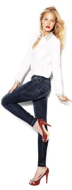 classic jeans and a white shirt ... with heels