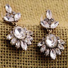 2015 hot sell Vintage Women Creative design Crystal Insert Earrings Rhinestone Ear Studs 569B