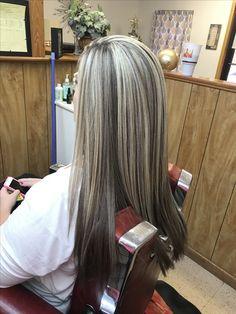 Hair Color Cream, Hair Color Shades, Brown Hair With Blonde Highlights, Hair Highlights, Pretty Blonde Hair, Balayage Hair, Haircolor, Hair Affair, Summer Hairstyles