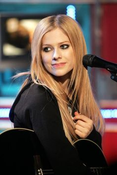 Avril Lavigne *Avril Lavigne - all for beauty ->>> | http://fas.st/1m_YV7