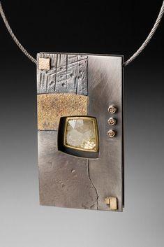 neckpiece 1      Added by Roger Rimel  http://api.ning.com/files/Pq-fApkksOxpf4znNIloX*FNEWwVJGZ5GuHar4EhL8xloN3mhOIXUfKPqzB8PYtzP8VQ7*LbuP0QJ8osjTa6o3q637GnkYid/NeckPc794SM.jpg
